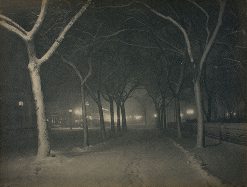 Alfred Stieglitz (1865–1946, US), An Icy Night, New York, 1898.