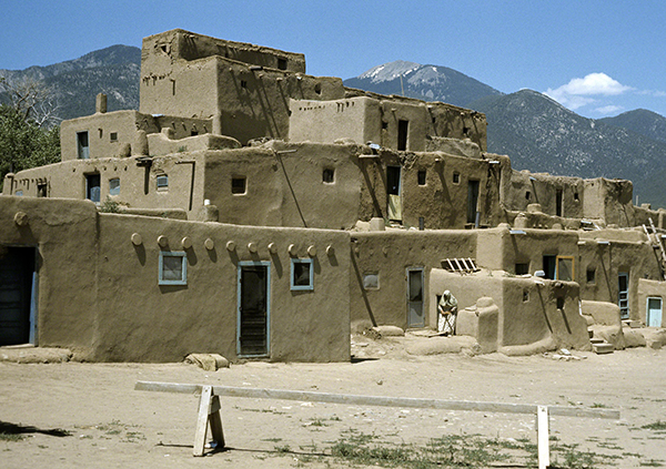 First Nations America, Taos Pueblo, Taos, New Mexico, built between 1000 and 1450.